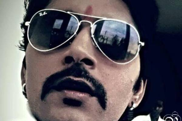 Yash Kumar Mishra Hot Wallpapers - Latest Bhojpuri Hero Yash Kumar Mishra Best Photos, Pics, Image With Wife Anjana Singh