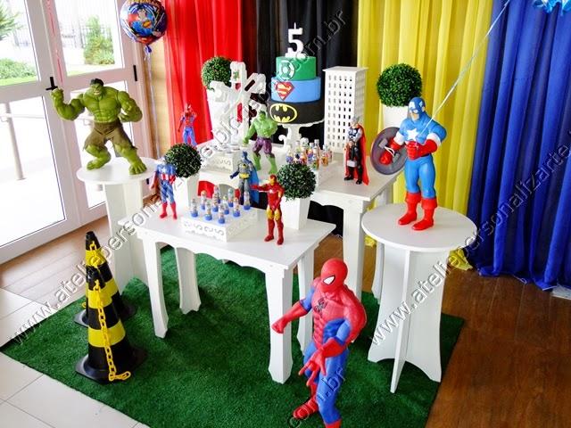 Decoração de festa infantil Super Heróis em Porto Alegre