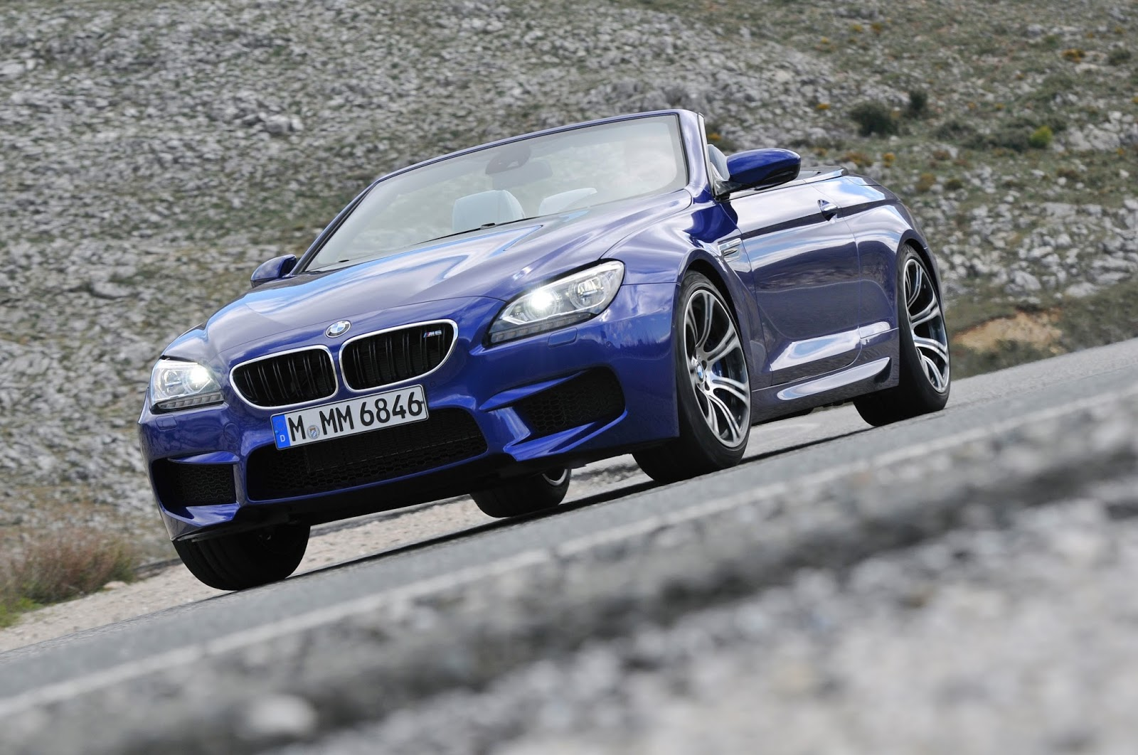 BMWの壁紙 M6カブリオレ