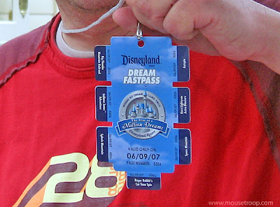 Disneyland Dream Fastpass 2007 Year Million Dreams
