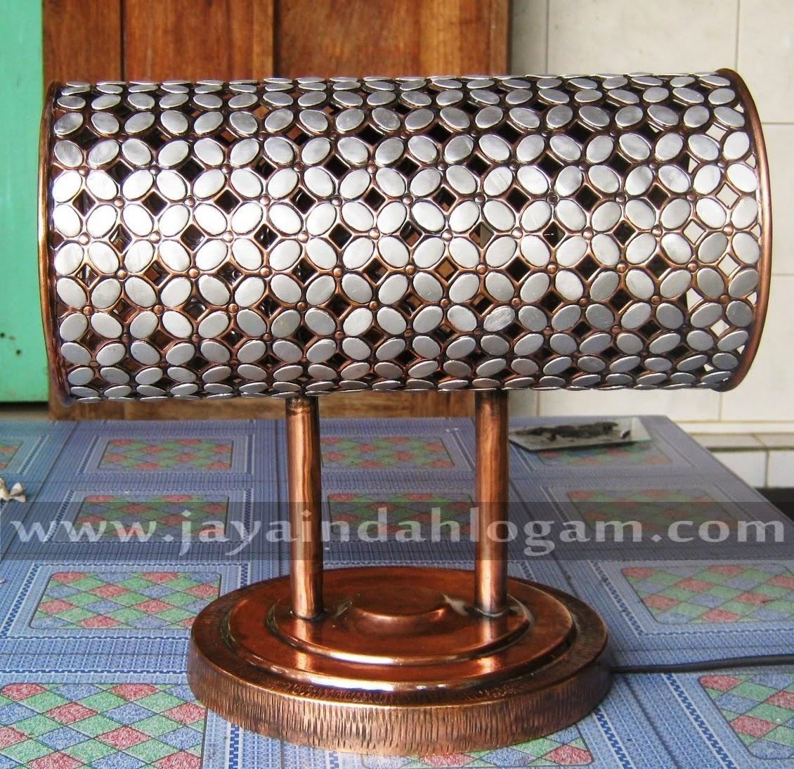 http://www.jayaindahlogam.com/2014/08/kerajinan-lampu-dinding_6.html