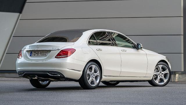 Mercedes-Benz C-Class rear side