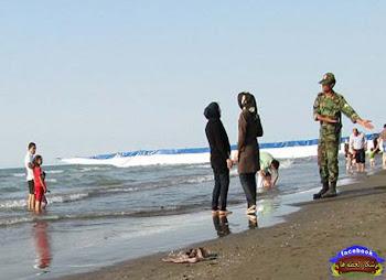 به این میگن امنيت اخلاقي (از آب فاصله بگیر خواهر)..!!