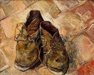 φορεμένα παπούτσια....