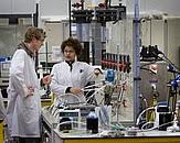 Foto studenten in lab. Bron: Centrum voor innovatief vakmanschap Water: Businessplan Programmalijn 2: toptechniek in bedrijf