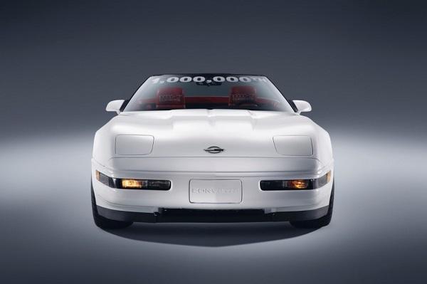 Chevrolet Corvette convertible 1.000.000 restaurado