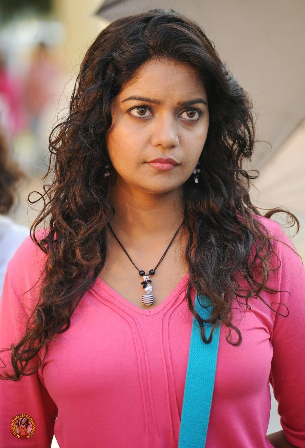 actress hd gallery: swathi actress beautiful pics from karthikeyan