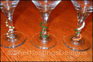 beaded wine glass marker, blog tutorial, craft tutorial, free pattern, free tutorial