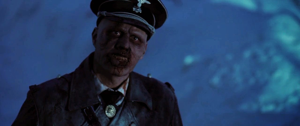 Dead Snow 2: Red vs. Dead (2014) S4 s Dead Snow 2: Red vs. Dead (2014)
