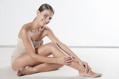 Phương pháp tẩy lông chân đơn giản - http://cachtrietlonghieuqua.blogspot.com/
