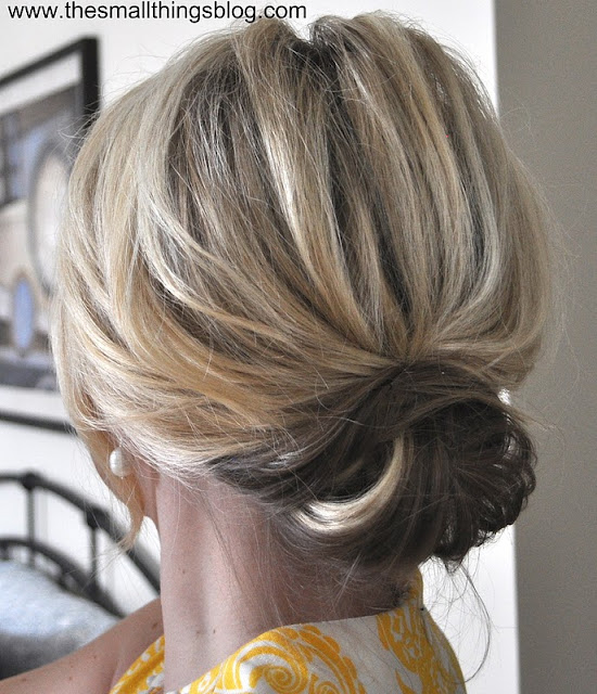 gift presents for women: updo video tutorial
