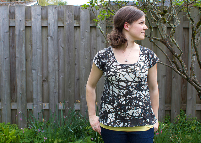 Sewing Pattern for Women Scoop Top