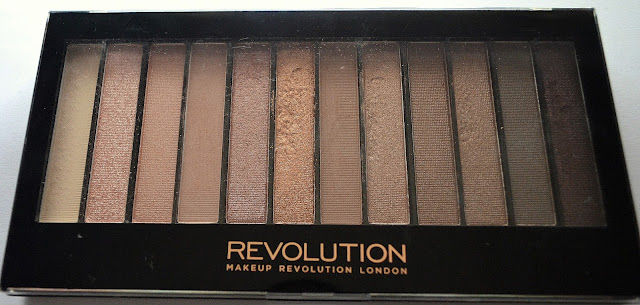 Makeup Revolution Iconic 3 eye shadow palette Naked 3 dupe