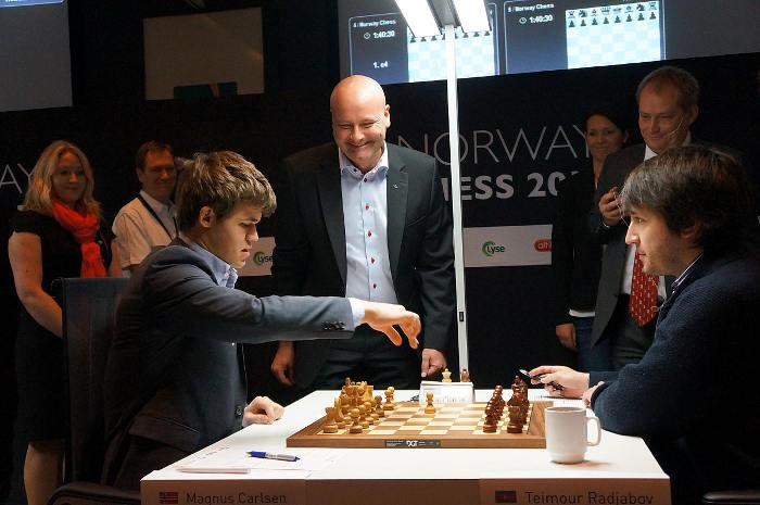 Échecs en Norvège : Magnus Carlsen (2868) 1-0 Teimour Radjabov (2745) © Site officiel