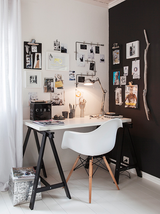 Black and white scandinavian home office by Carina Olander