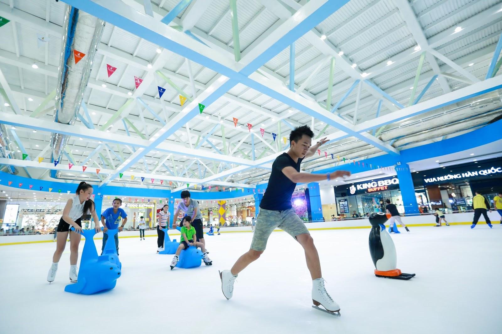 Kết quả hình ảnh cho khu giải trí Vinpearlland Games, rạp chiếu phim tiêu chuẩn mới nhất và khu vui chơi trẻ em ngoài trời với nhiều hạng mục đa dạng.