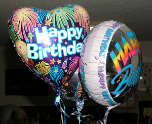 Ucapan selamat ulang tahun untuk sahabat dengan ungkapan kado ultah terbaik sebagai kata kata indah met ultah happy birthday untuk teman terbaik sahabat sejati