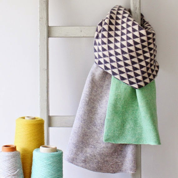 Ma Bicyclette - Buy Handmade - Clothing For Women - GABRIELLE VARY - Smoke Knitted Lambswool Scarf Geometric Triangle Print