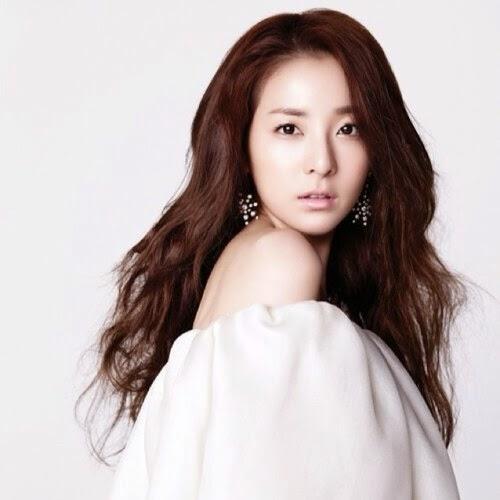 Dara (2NE1) Cùng tham khảo bí quyết trẻ mãi không già của Dara (2NE1)