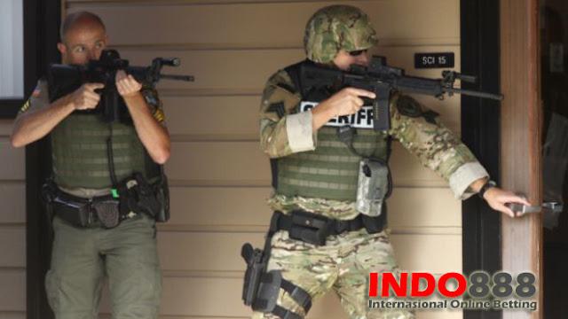 Pihak Polisi sedang melakukan pengepungan untuk tersangka - Indo888News