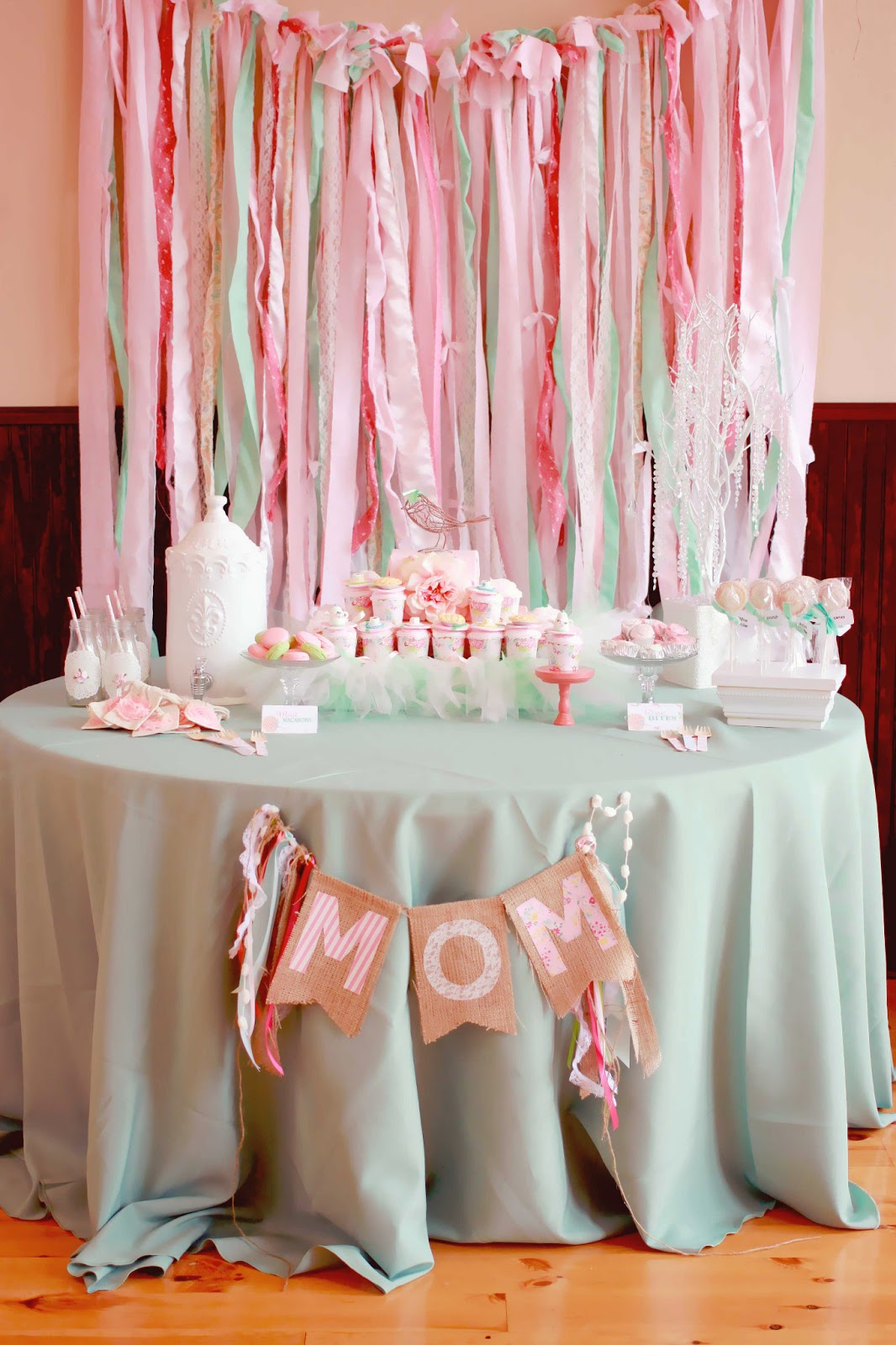 Capes crowns mother s day soiree