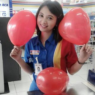 Foto Siti Rohmah Kasir Indomaret Cantik Terbaru
