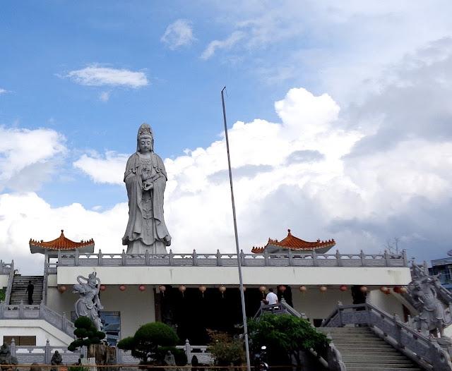Kuil Dewi Quan Im - Pematang Siantar