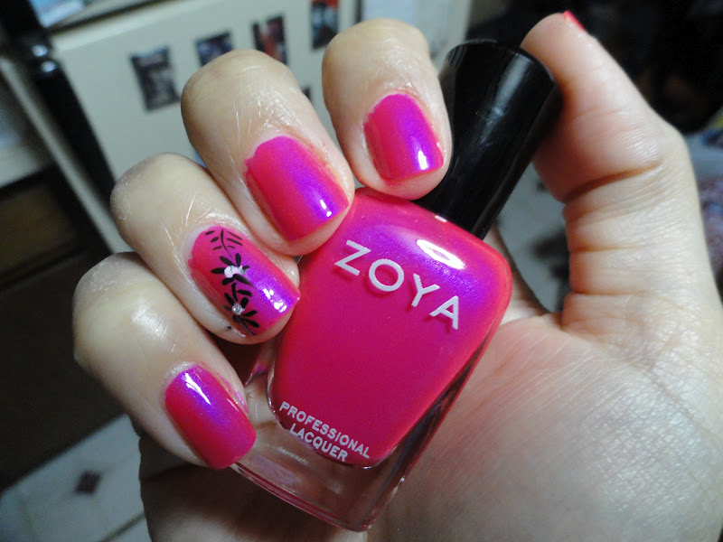 Nails Never Fails: Nails Never Fails Files: Zoya Lola