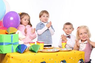 niños cumpleaños celebración