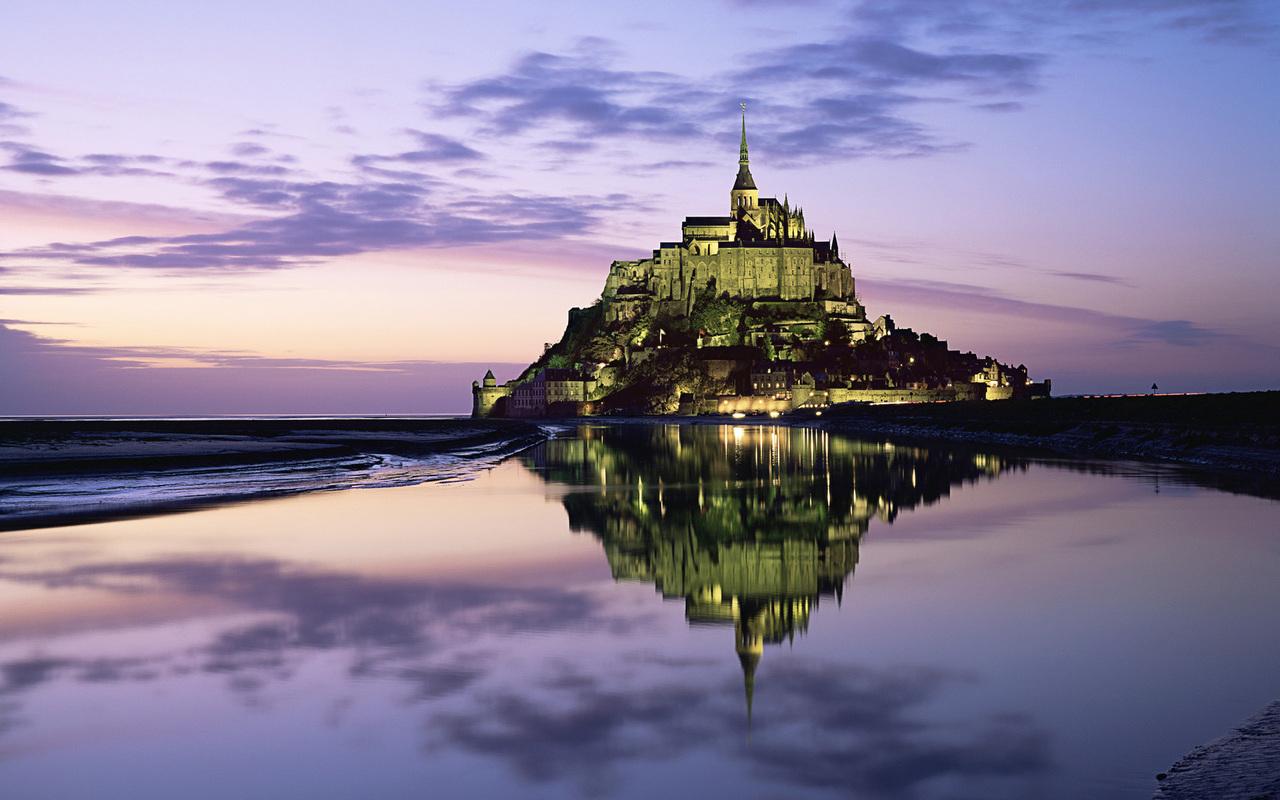 http://4.bp.blogspot.com/-fjwJZ7uHgTw/TZsO05lrIMI/AAAAAAAADRY/fsdWcNs91Zc/s1600/saint_michel_castle_france.jpg