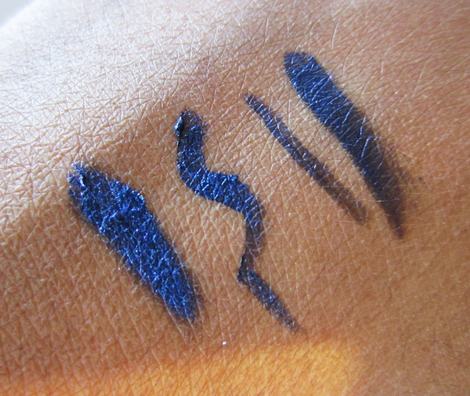 MILANI CONSTELLATION GEL EYE LINER ENCHANTED LAPIS