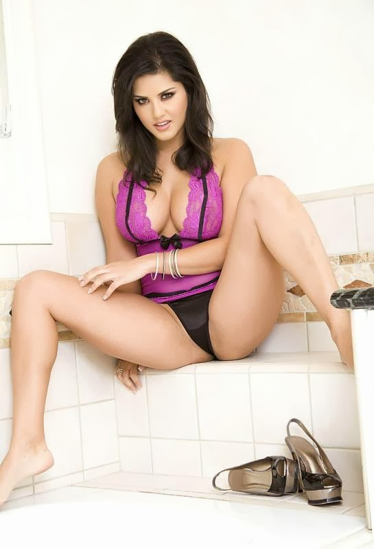 Sunny Leone Latest HD Wallpapers group images