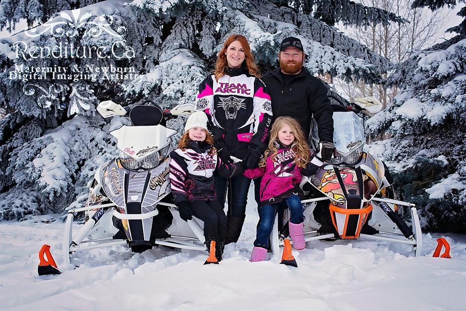 Family, photographer, saskatoon, renditure, photography