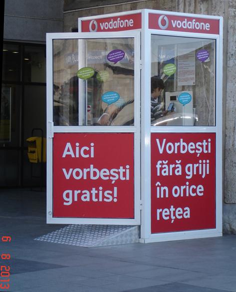Cabina Vodafone - vorbesti gratis si castigi premii