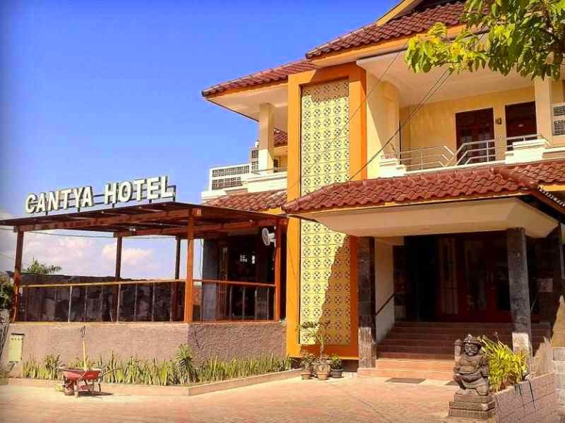 Terletak Strategis Di Pusat Kebudayaan Kota Gede Yogyakarta Cantya Hotel Menyediakan Tempat Yang Kondusif Untuk Melepas Penat Dari Kesibukan Anda