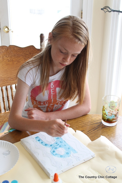 Children's Canvas Art -- Rainy Day Crafts with @tcbygrocery ...