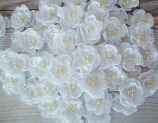 pretty new forever sweethearts white pearl flowers