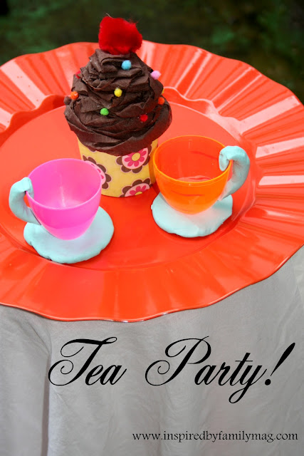 pretend tea party and cupcake craft