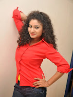 Vishnu Priya glam pics in red top-cover-photo