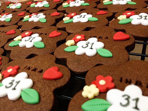 galletas de chocolate decoradas para cumpleaños