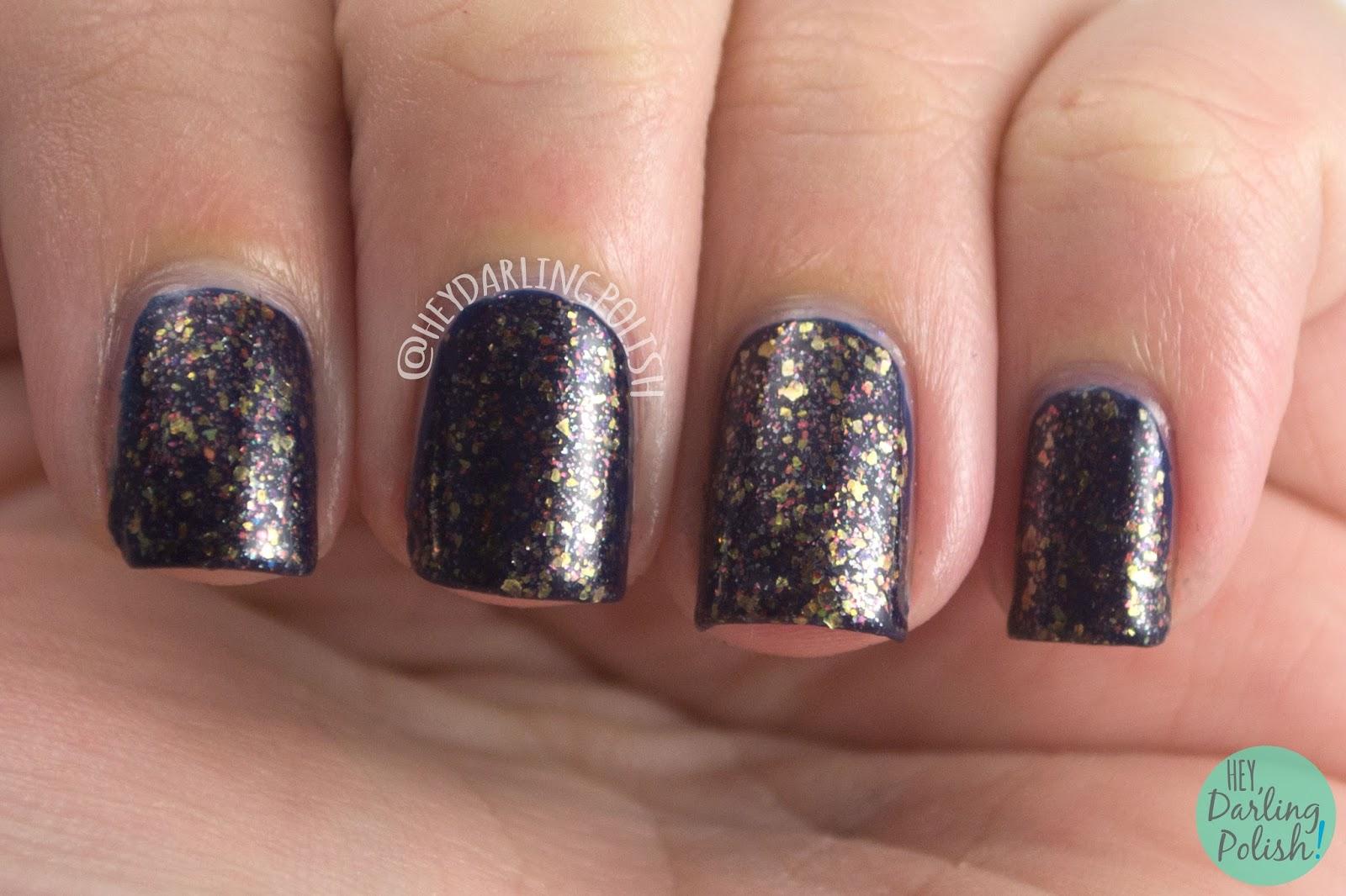 nails, nail polish, polish, indie nail polish, indie polish, nvr enuff polish, nvr enuff, spice world, spice girls, hey darling polish, swatch, scary, flakies, gold