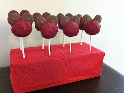 How to make Red Velvet Minnie Mouse Cake Pops www.thebrighterwriter.blogspot.com