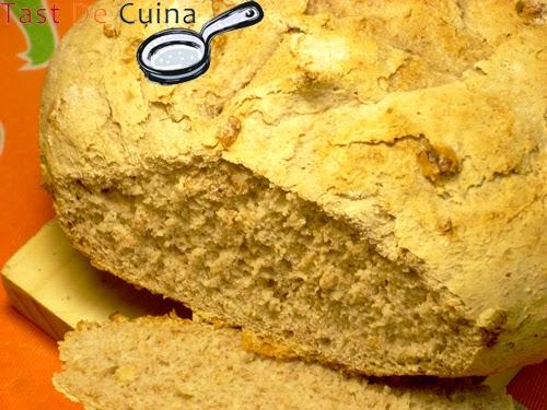 http://tastdecuina.blogspot.com.es/2013/04/pa-de-nous.html