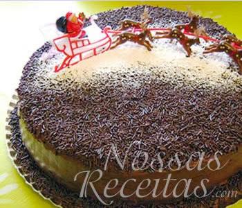receita de um delicioso bolo com recheio e cobertura de brigadeiro.