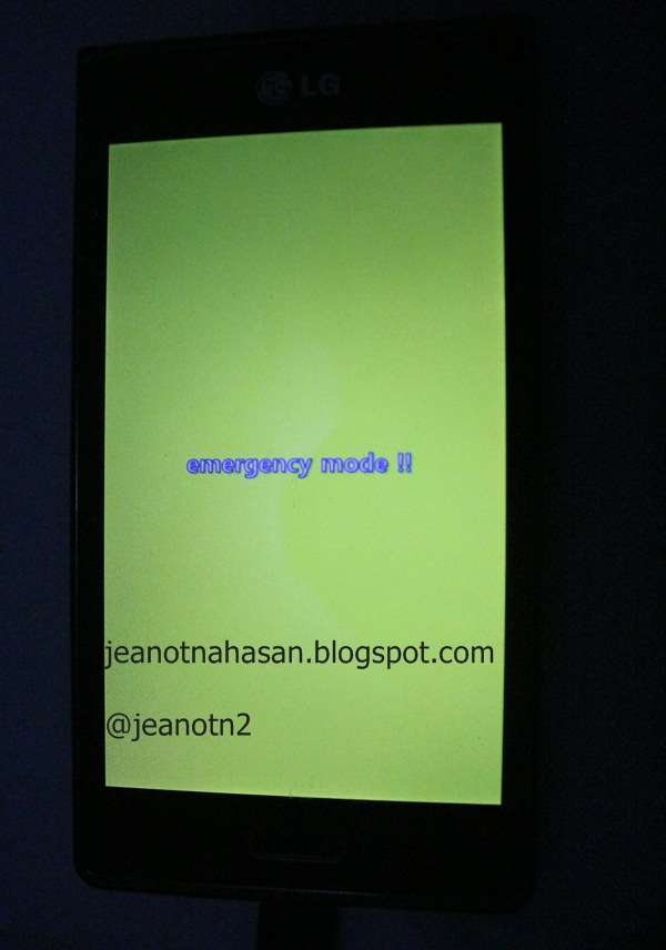 "tambahan : gambar di android nya, status ""Emergency Mode"" (KABEL USB"