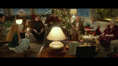 Love the Coopers (Movie) - Trailer - Screenshot