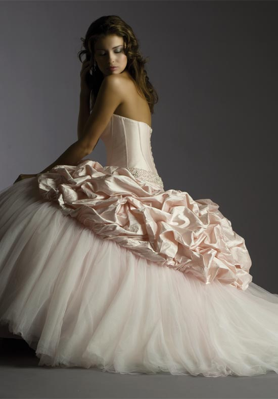 Coutre Wedding Gowns 018 - Coutre Wedding Gowns