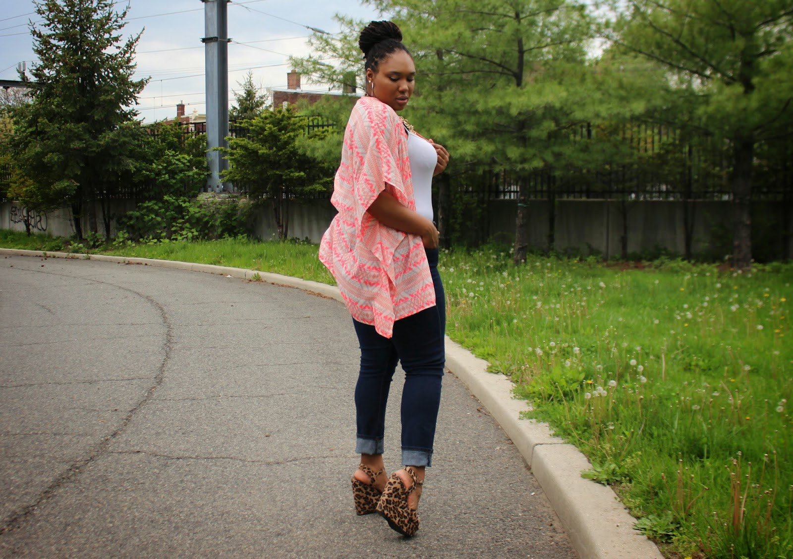 How to Wear a Plus Size Kimono