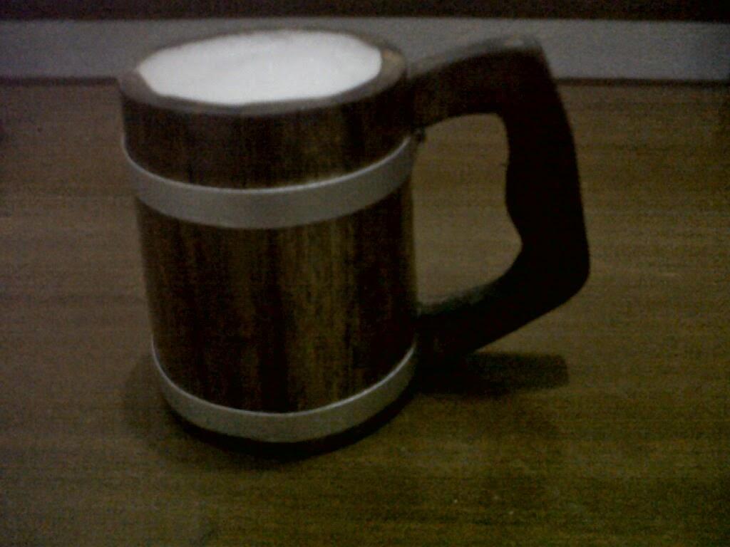 mug bir dari kayu