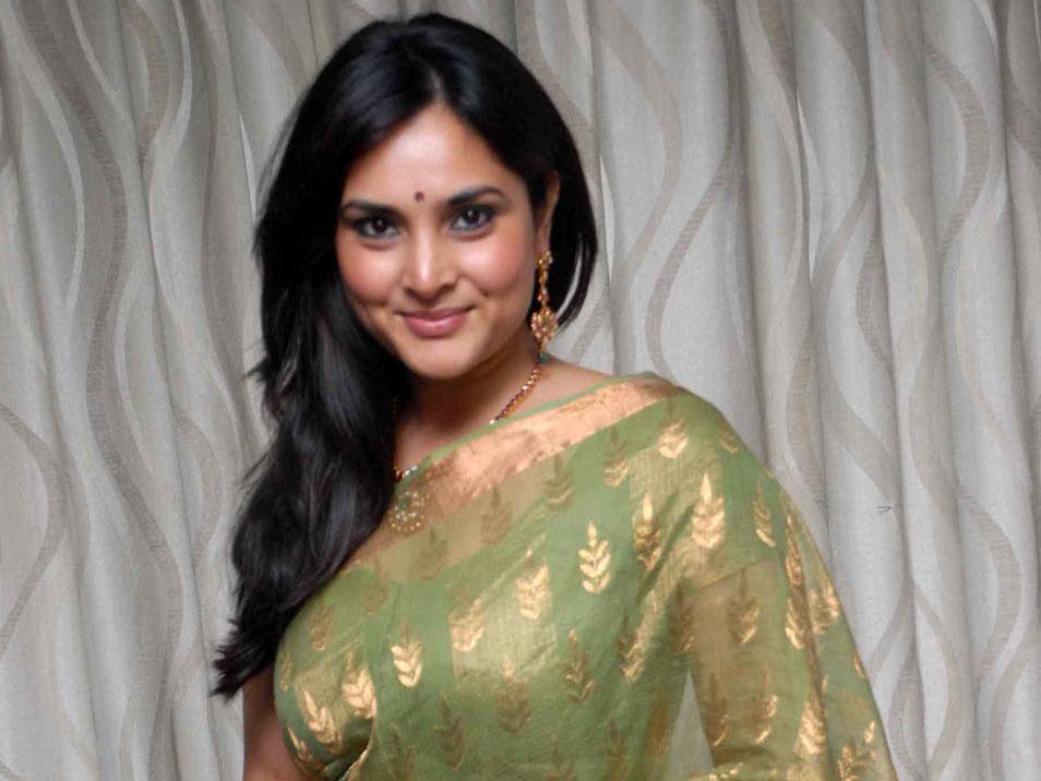 Kannada Actress Divya Spandana Latest Cute Photos